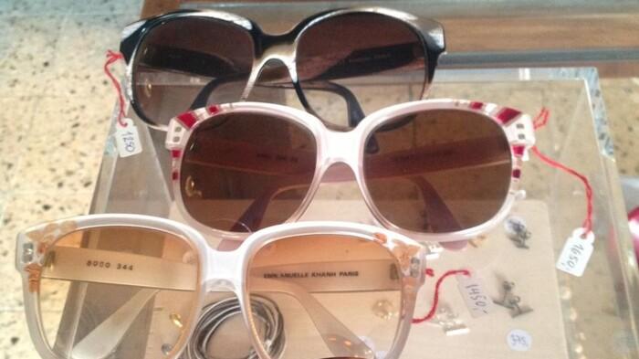 72ba531aa825 I kælderbutikken Carmen er det udelukkende vintage-solbriller