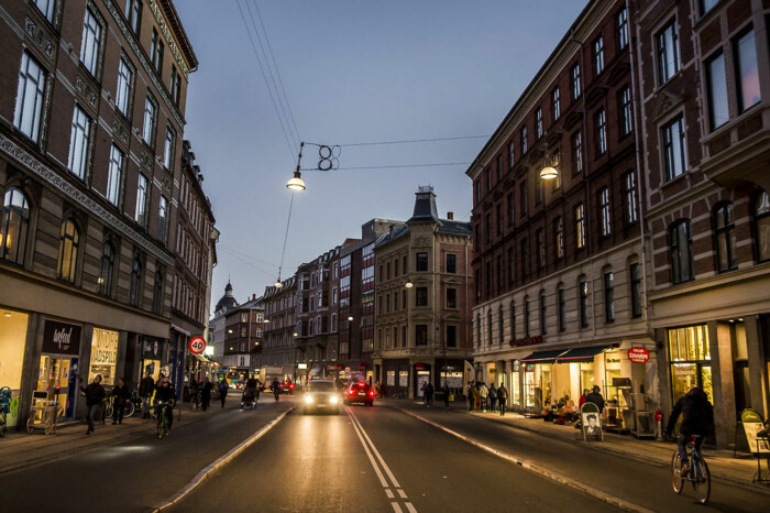 b5df7525356d Mange private har lavet indsamlinger for at få julepynt op på Nørrebrogade