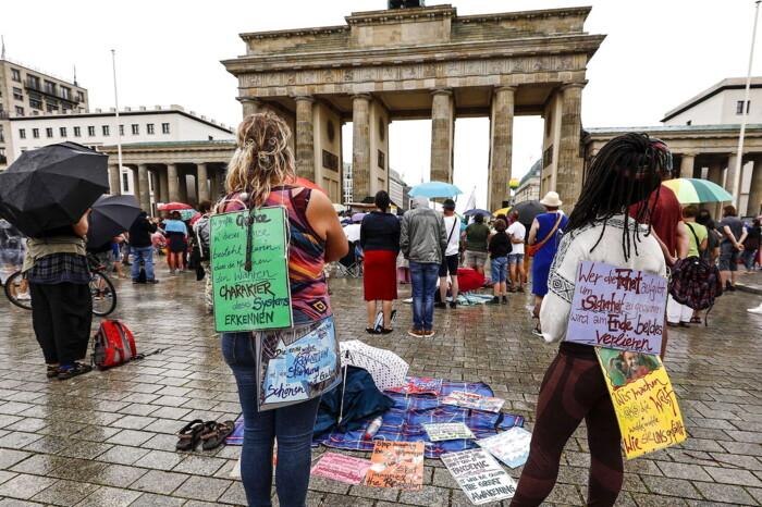 Corona Breder Sig Atter I Europa Nu Advarer Selv Tyskland Om At Coronavirussen Er Gaet I Udbrud