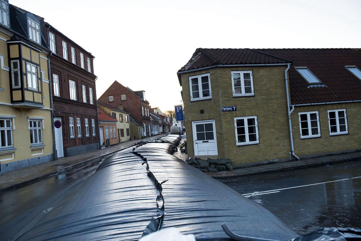 Oprydningsarbejde efter stormfloden