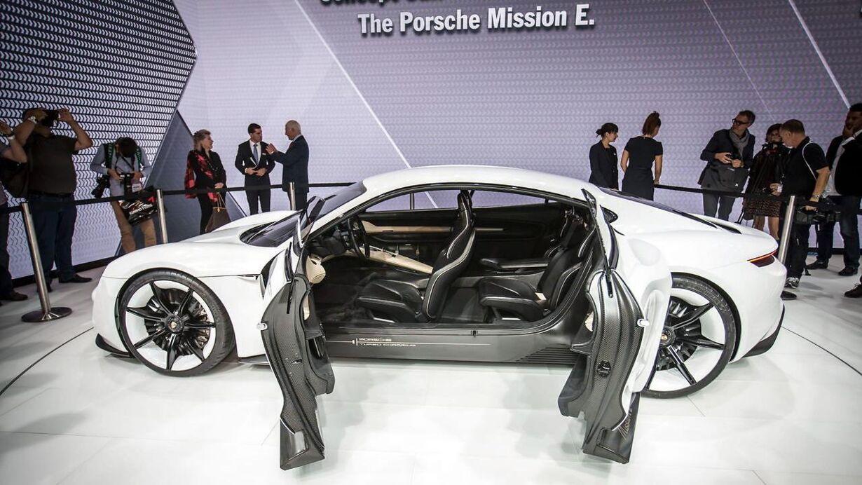Porsche Concept E: