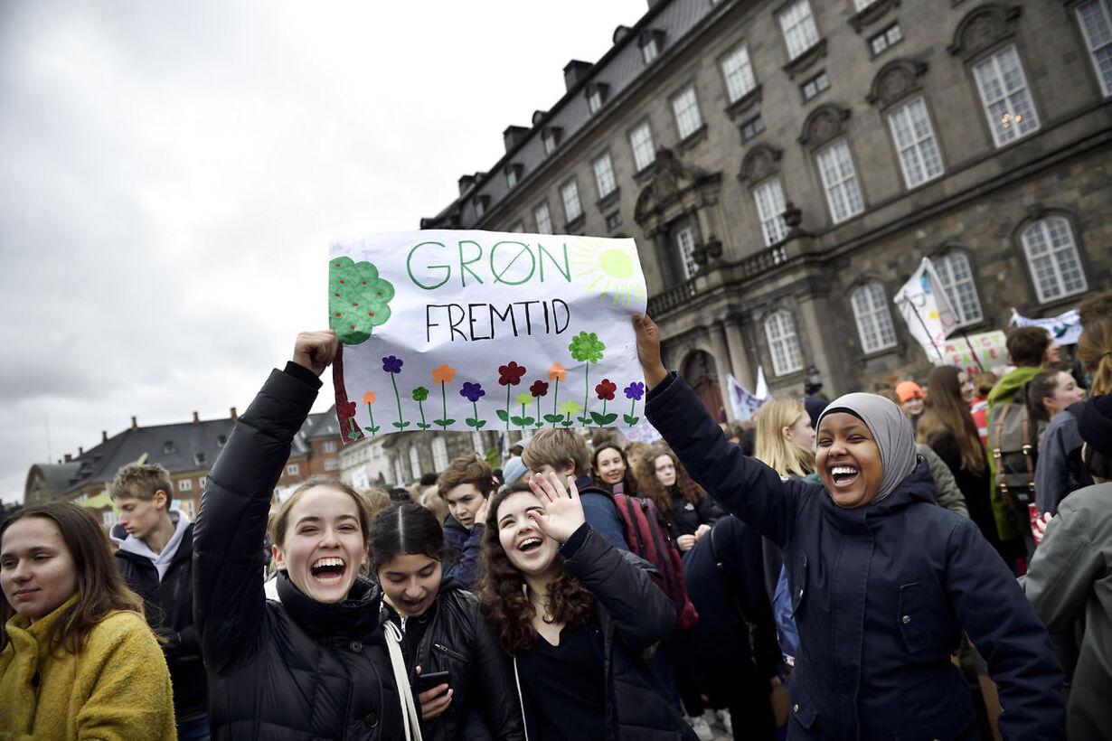 Klimastrejke på Christiansborg Slotsplads
