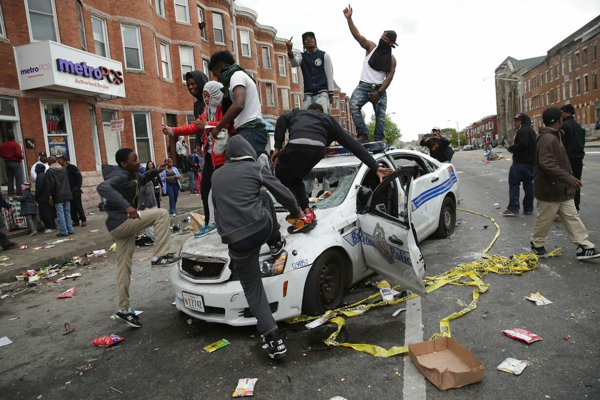 US-PROTESTS-IN-BALTIMORE-AFTER-FUNERAL-HELD-FOR-BALTIMORE-MAN-WH