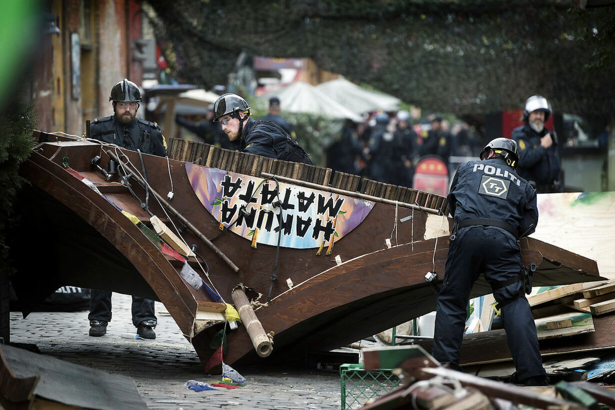 politiet rydder Pusher Street