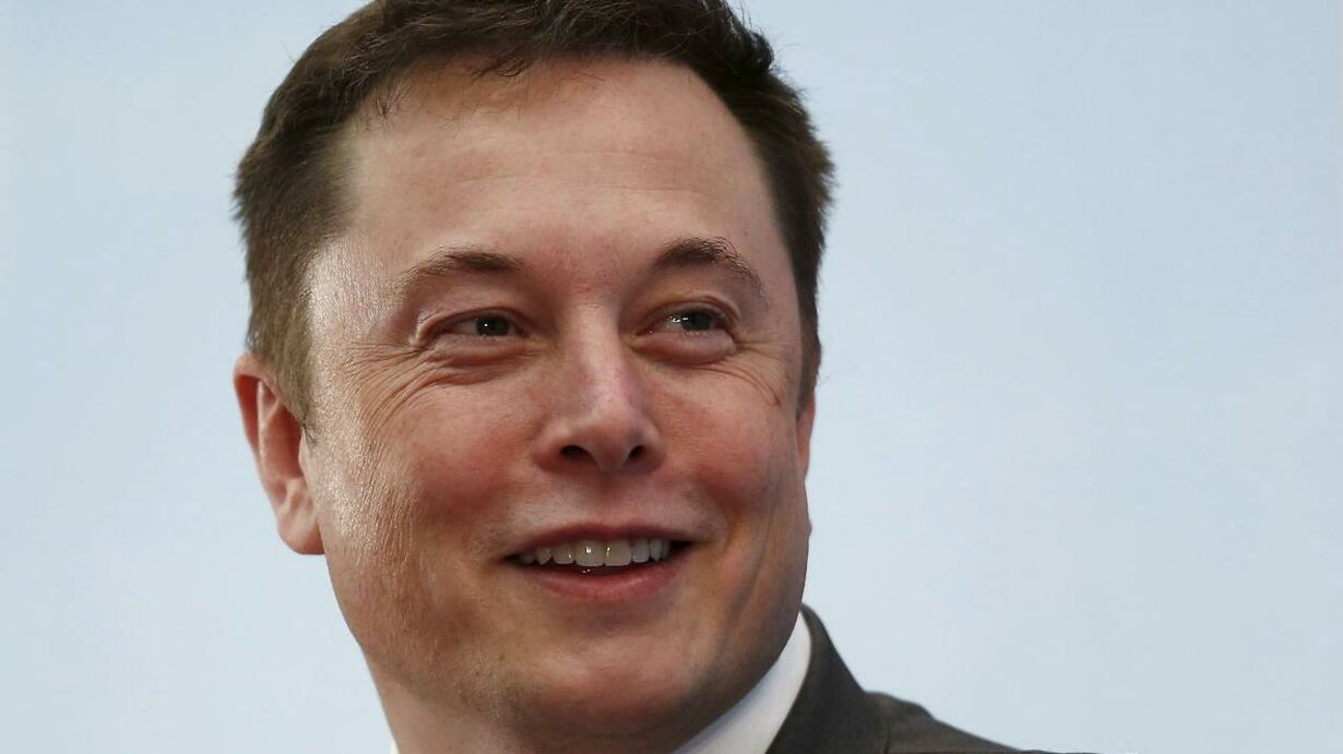 Elon Msuk, Tesla