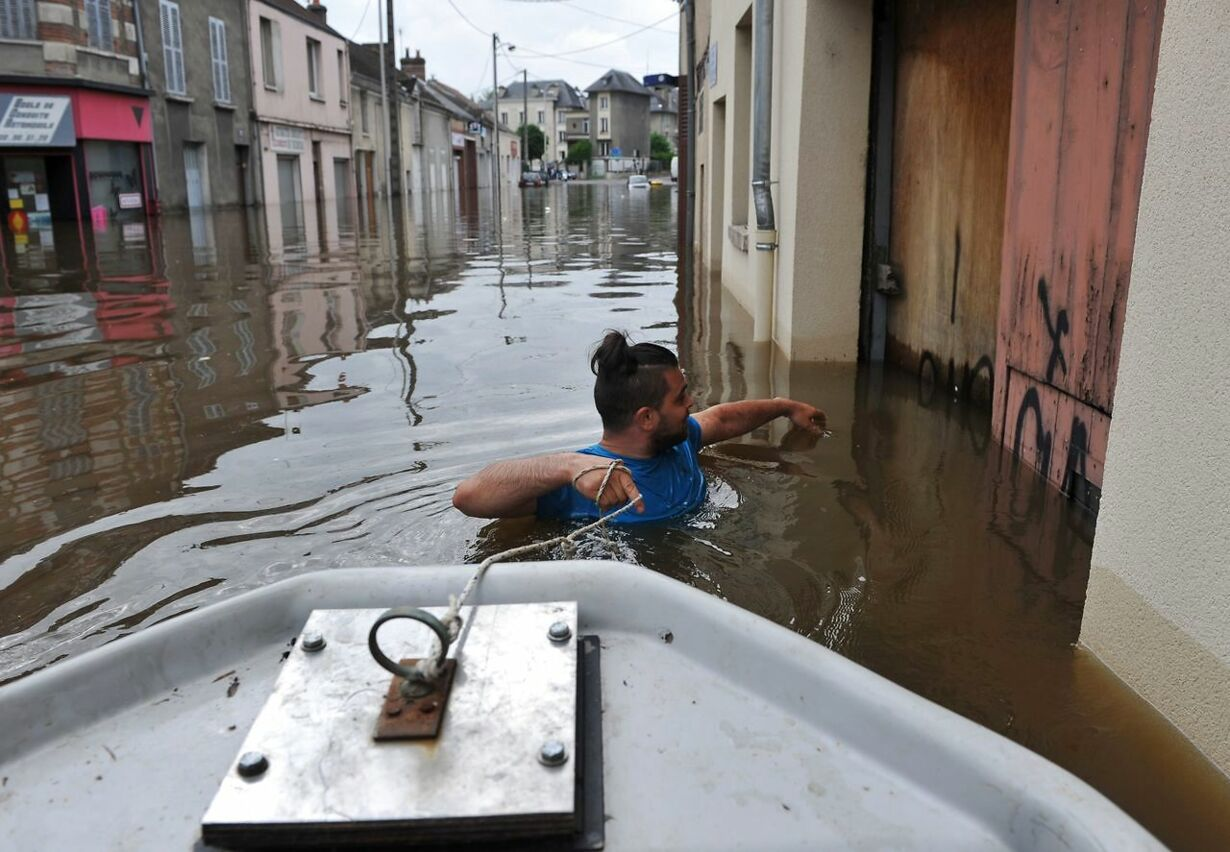 FRANCE-ENVIRONMENT-WEATHER-FLOOD