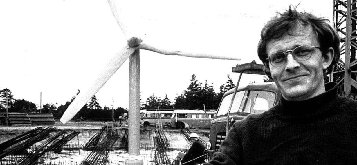 FØRSTE 1977 Vindmølle
