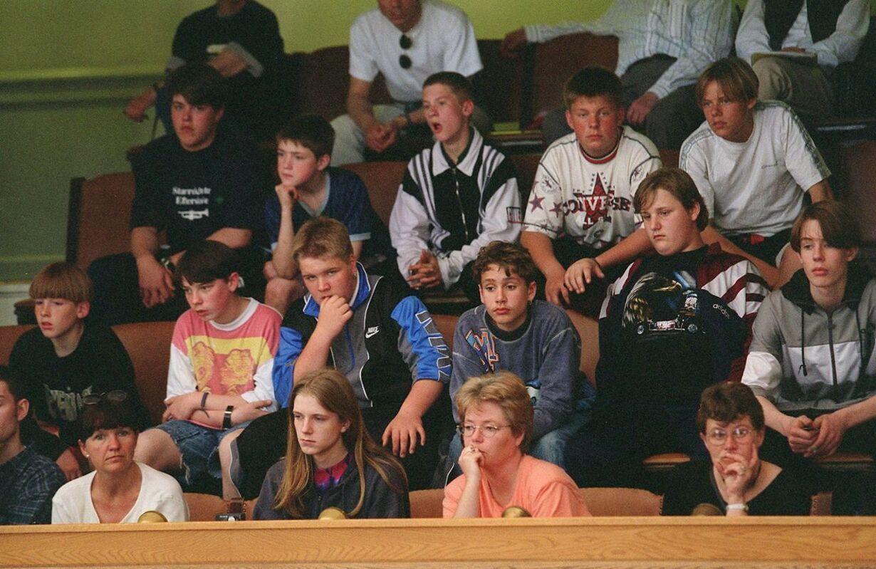 1996 Elever særlov