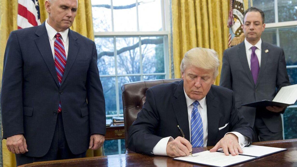 Mandag - Trump dropper frihandelsaftale