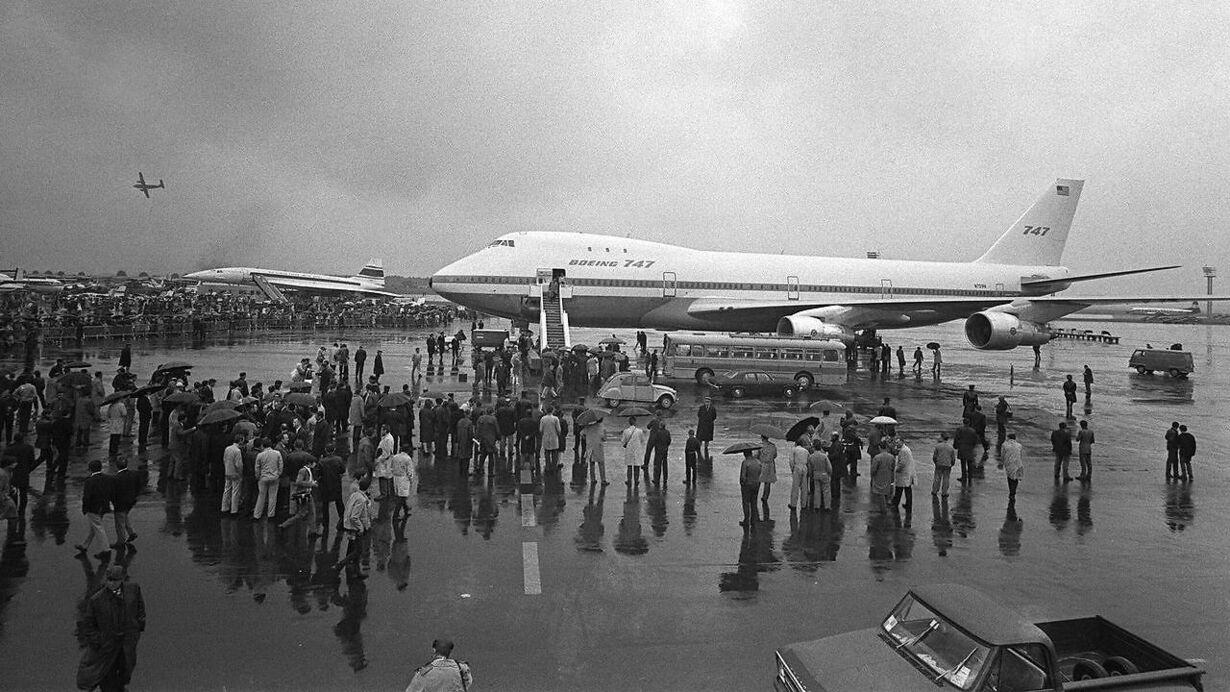 12/16 US-AVIATION-CENTENNIAL-747