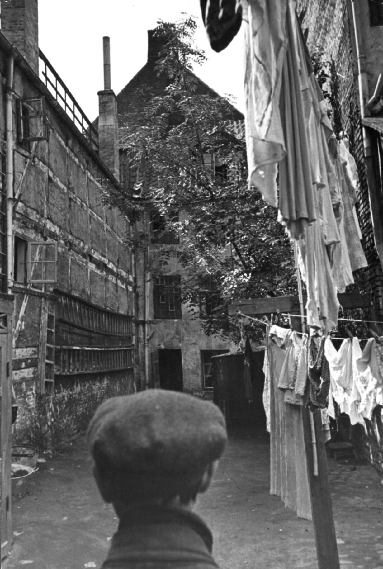 1941 slum