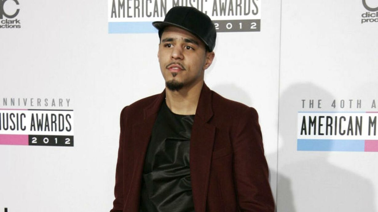 Hip Hop artist J. Cole arrives at the 40th American Music Awards