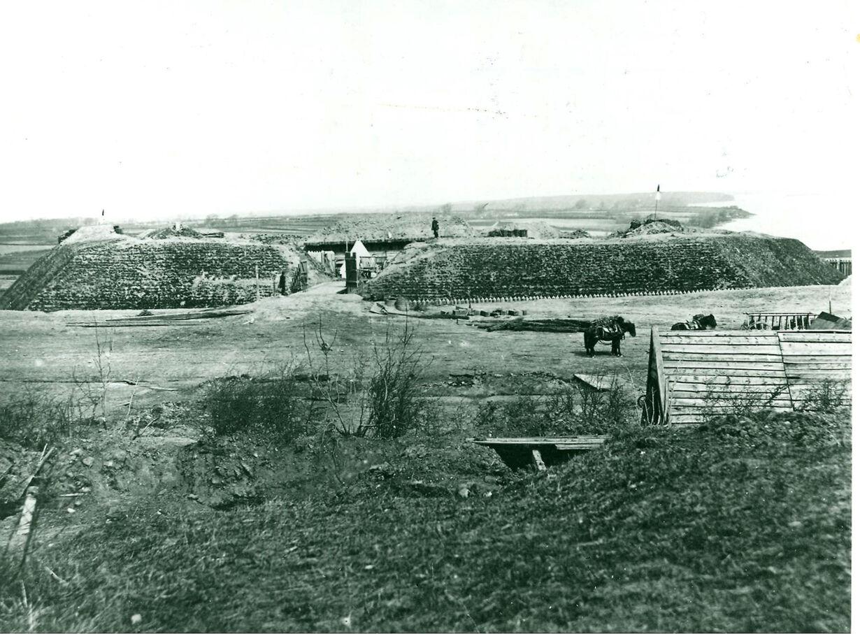 1864 006.jpg