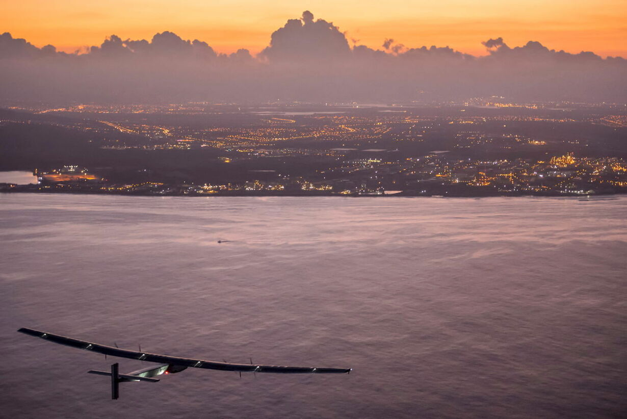 SOLAR-AIRPLANE/USA_7