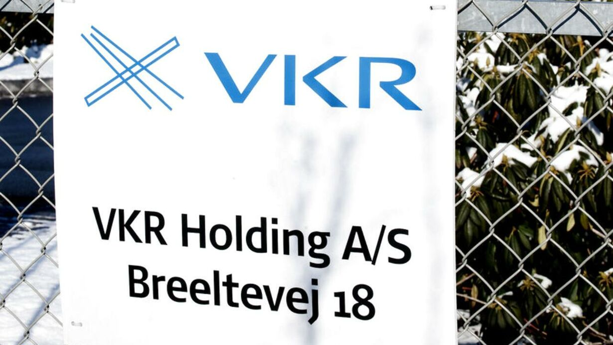 17. VKR Holding A/S