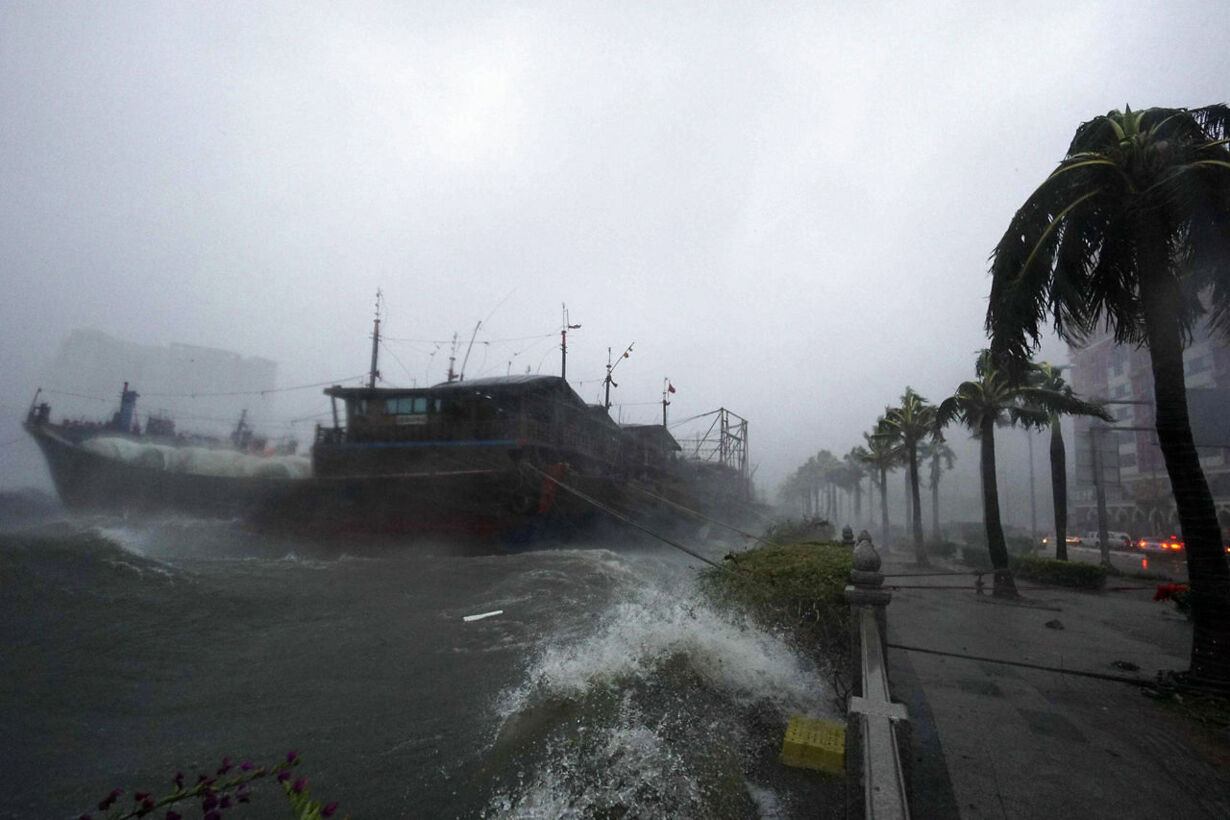 CHINA-TYPHOON/