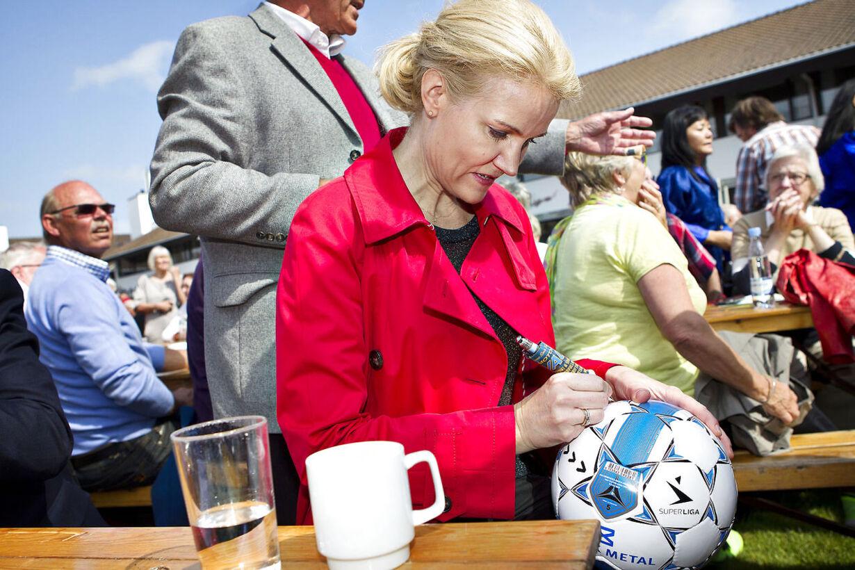 Helle Thorning-Schmidt holder sin grundlovstale