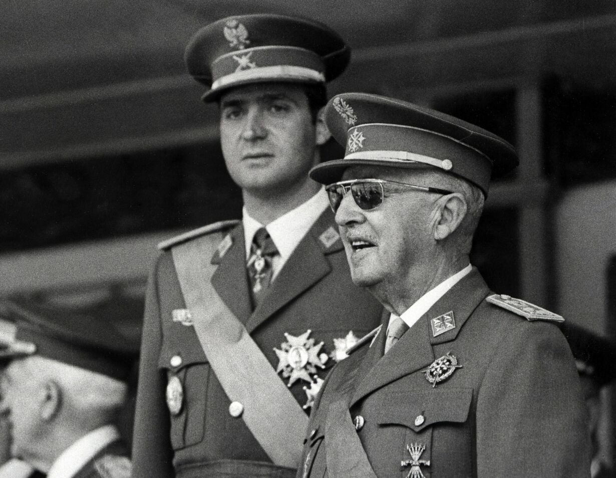 SPAIN-ROYALS-ABDICATE-POLITICS-FILES 1971