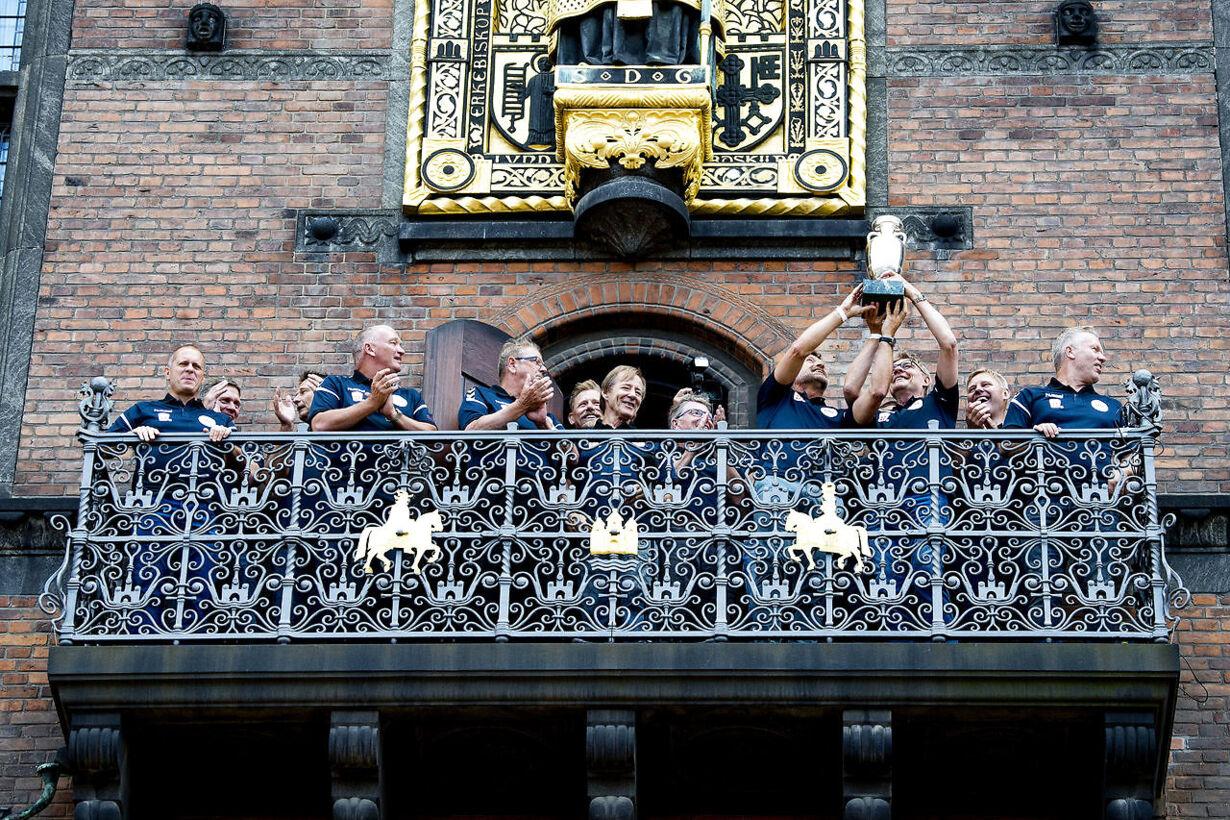 De gamle europamestre hyldet på Københavns Rådhus