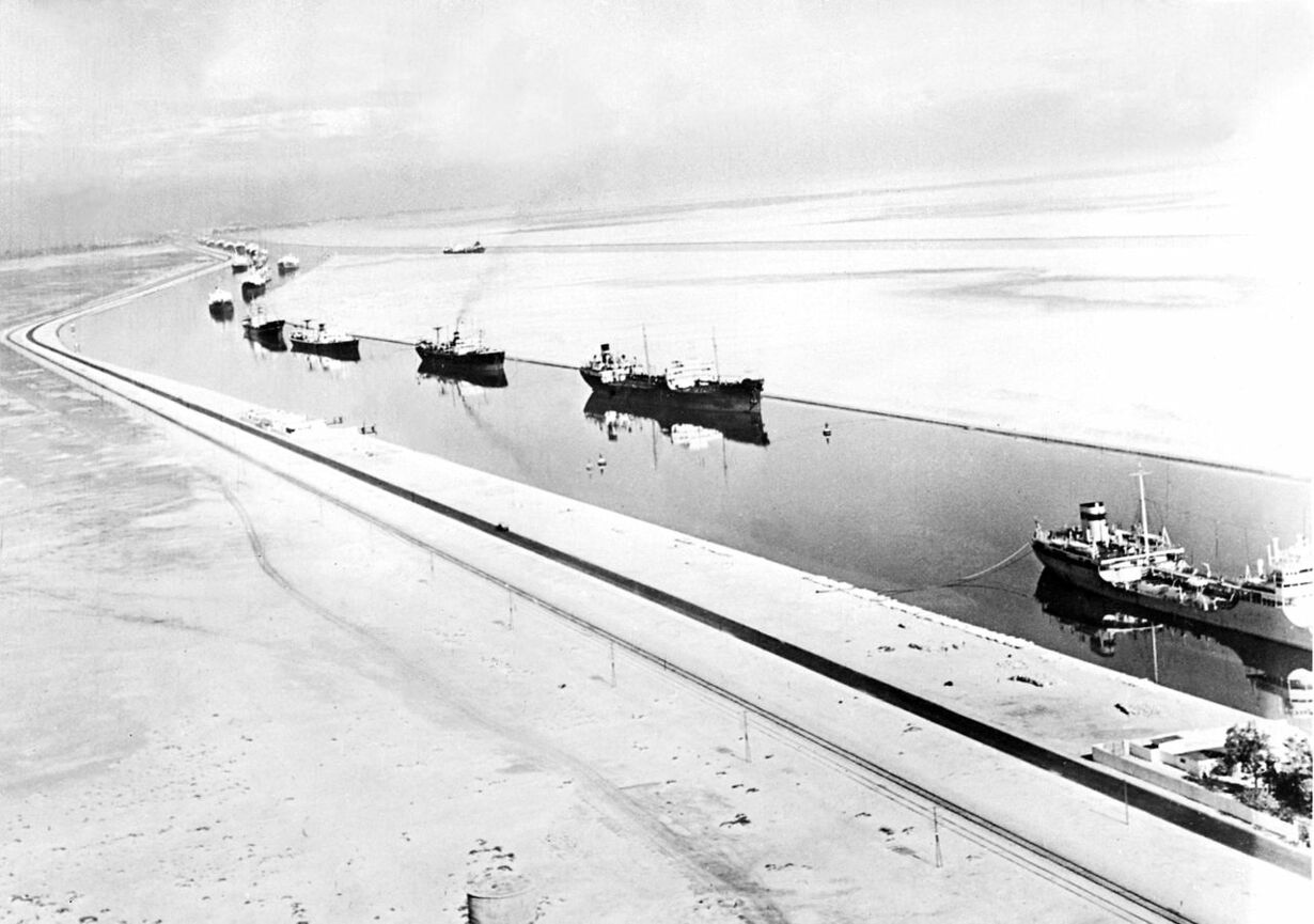 EGYPTE-TRANSPORT-CANAL DE SUEZ-FILES