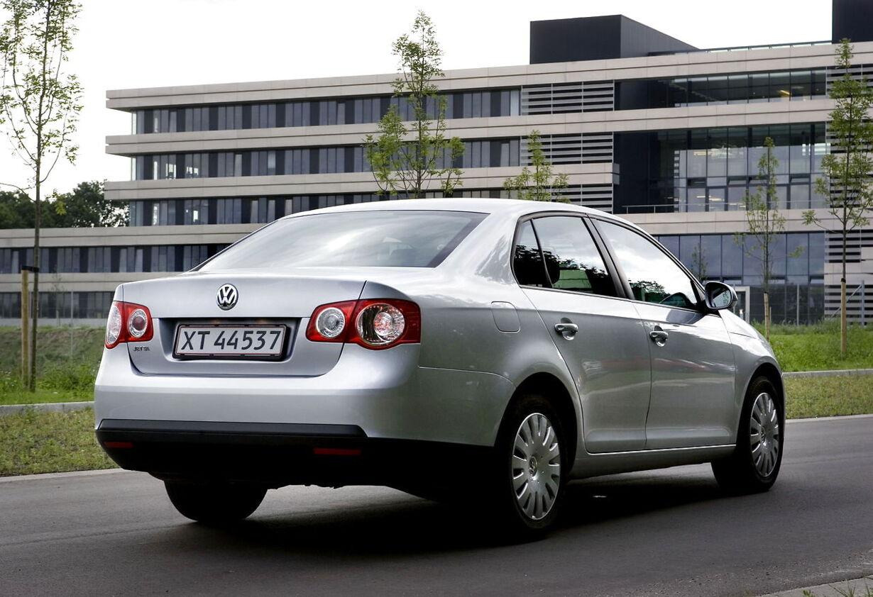 3. VW Jetta: 822.000