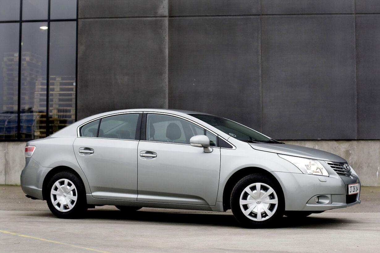 10. Privat - Toyota Avensis