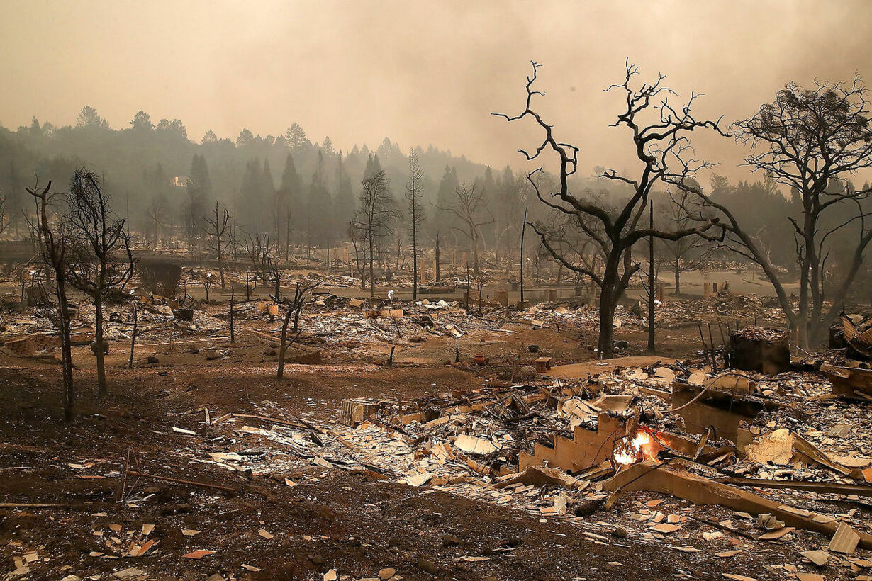 slo US-MULTIPLE-WILDFIRES-DESTROY-HOMES, -THREATEN-CALIFORNIA-WI