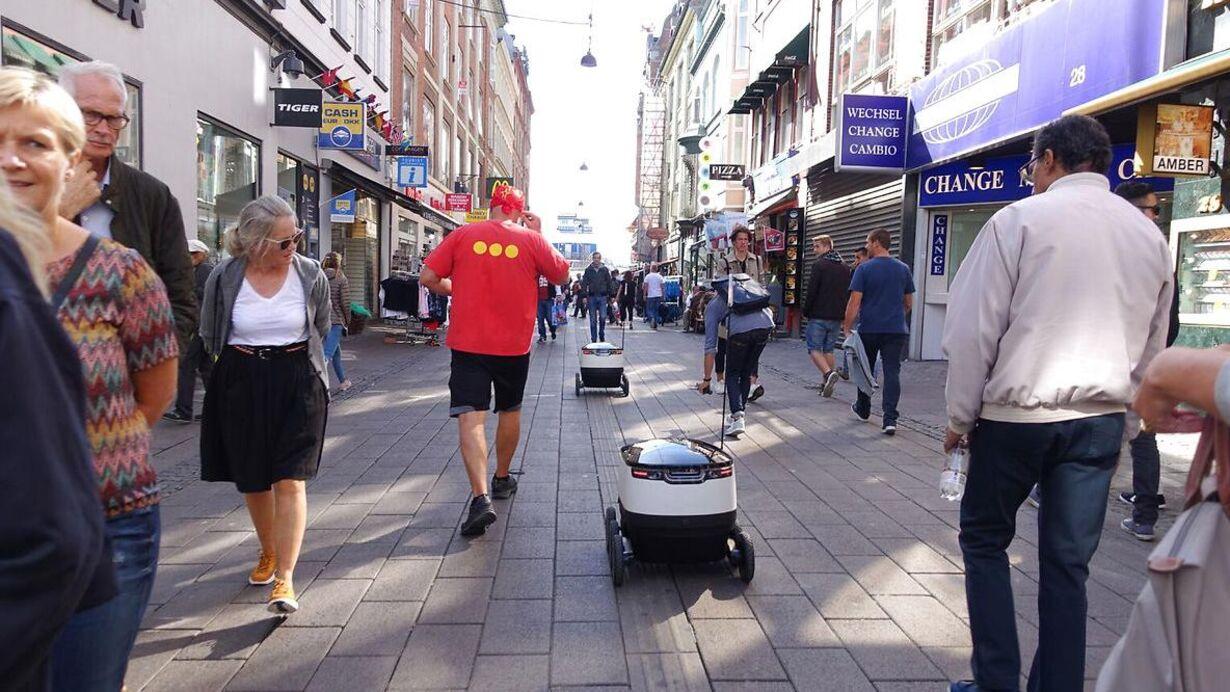 Fredag - Mercedes skyder millionbeløb i Skype-milliardærs robotter