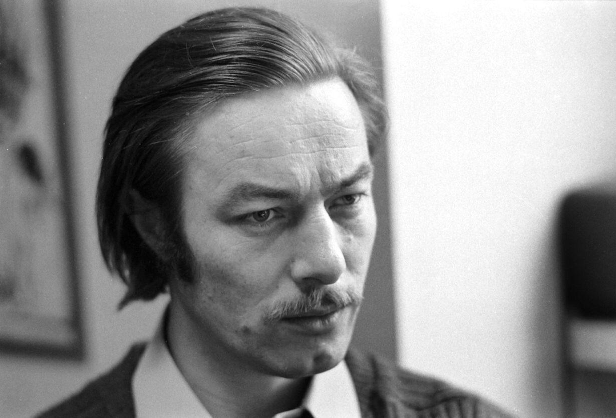 Skuespiller og kunstner Baard Owe er død - 81 år