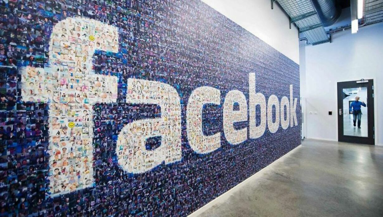 Fredag - Facebook