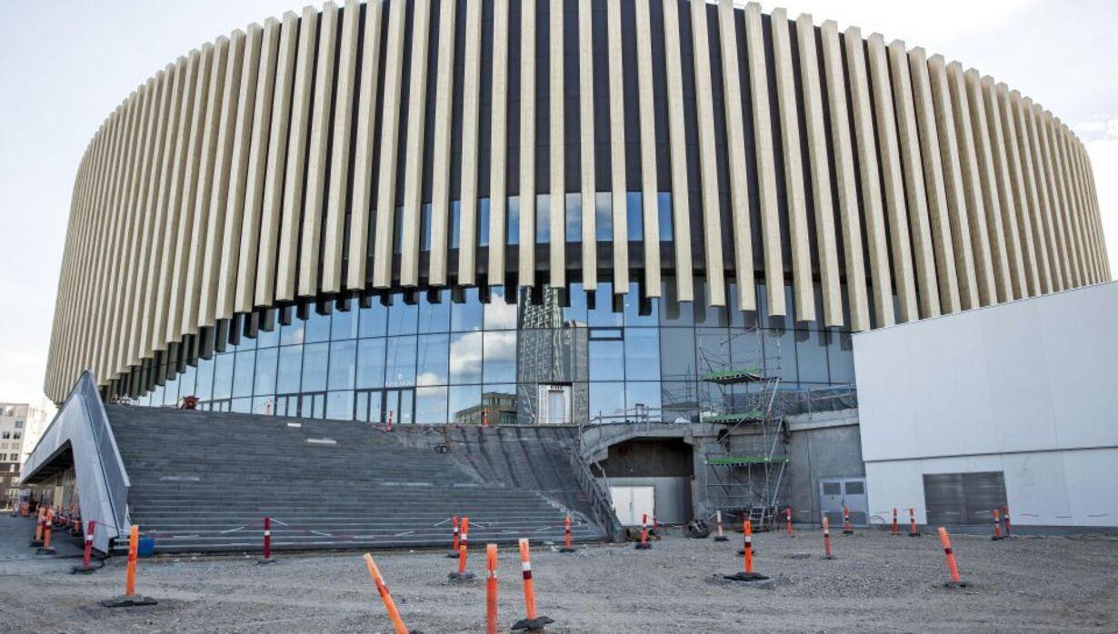 mandag - arena