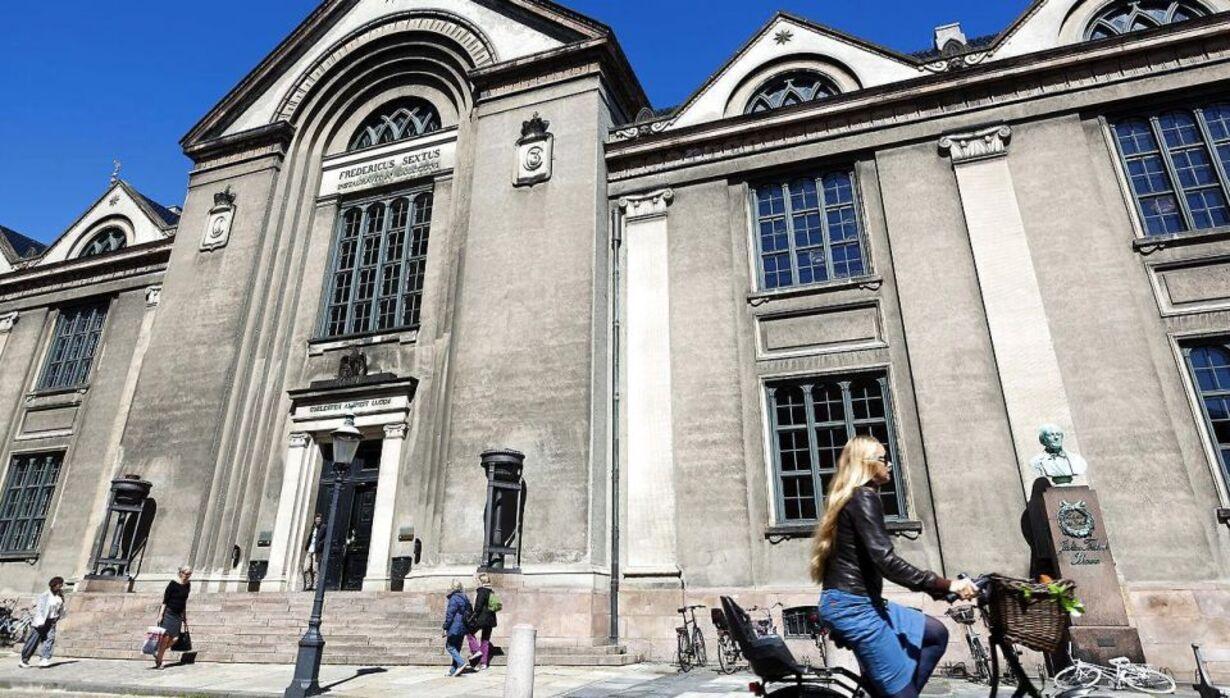 Fredag - København Universitet
