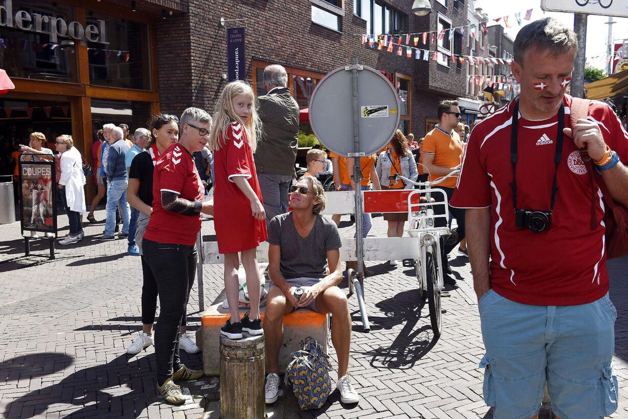Danmarks Roligans er ankommet til Enschede