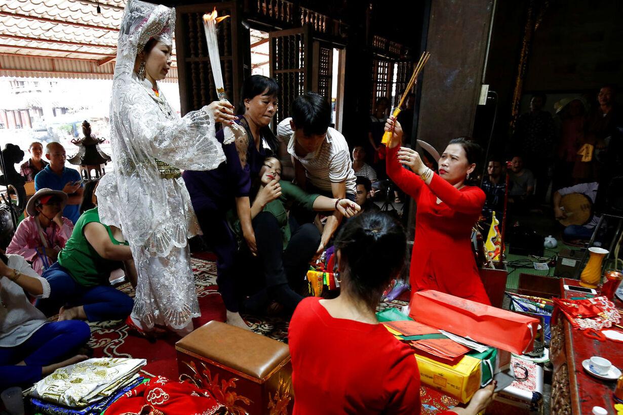 Urgammel religion tilbage i Vietnam