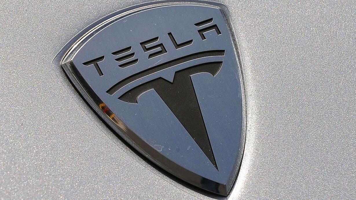 Torsdag - Tesla II