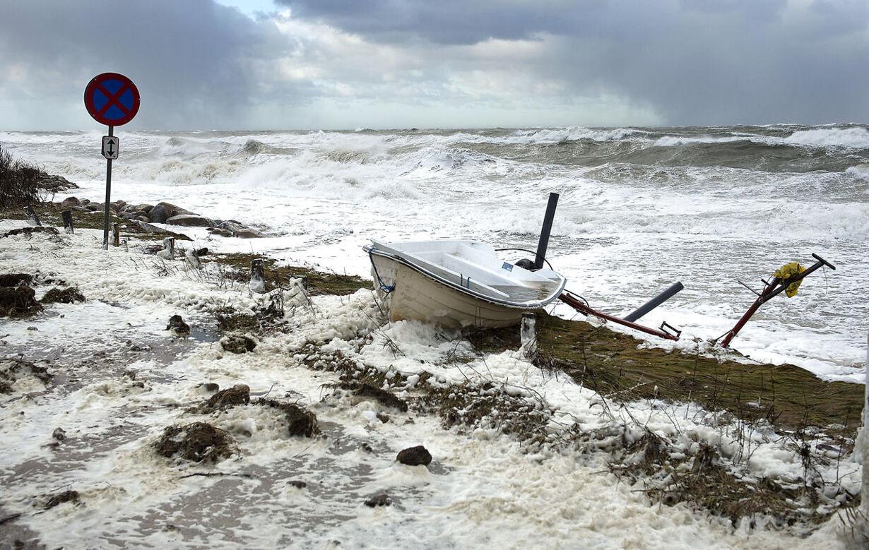 Se billederne fra da stormen Bodil ramte Danmark