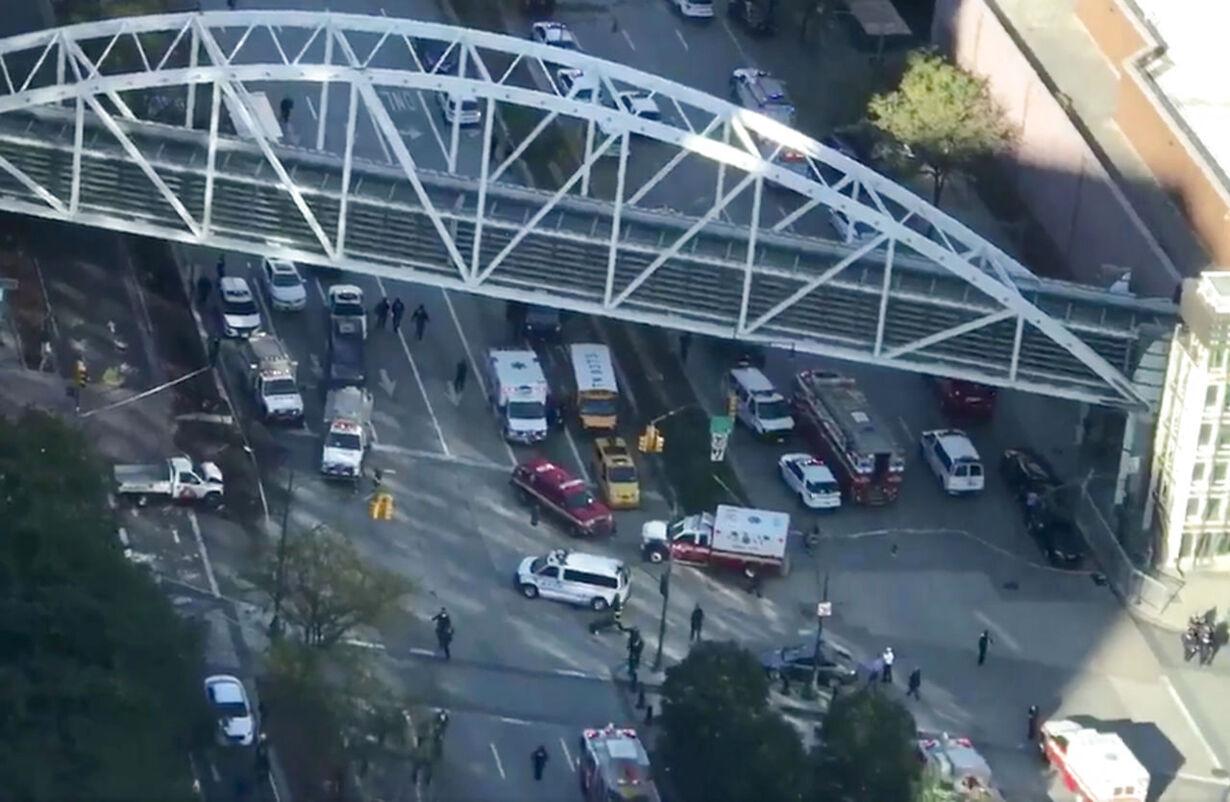 Mand i varebil dræber otte ved angreb i hjertet af New York NEW