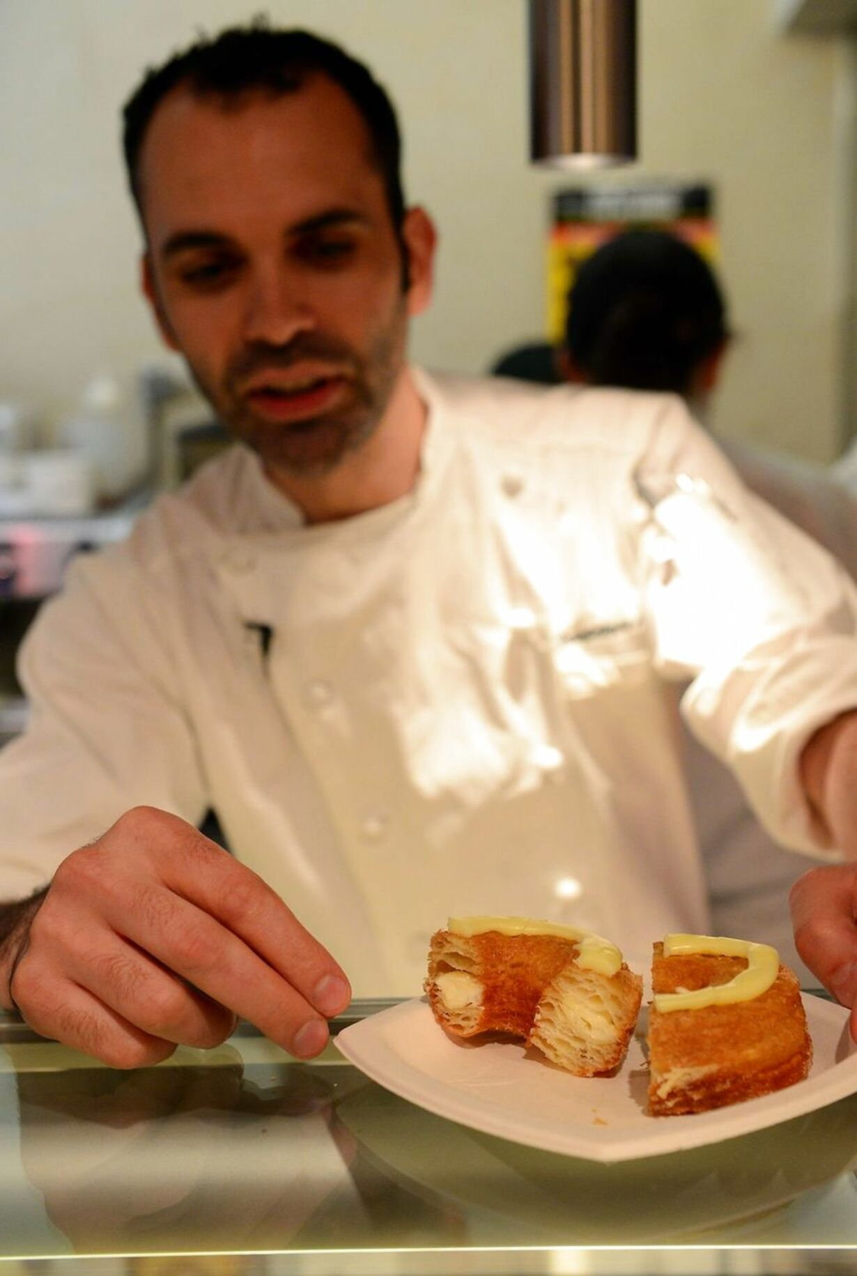 DOUNIAMAG-US-FRANCE-GASTRONOMY-PASTRY-CRONUTS