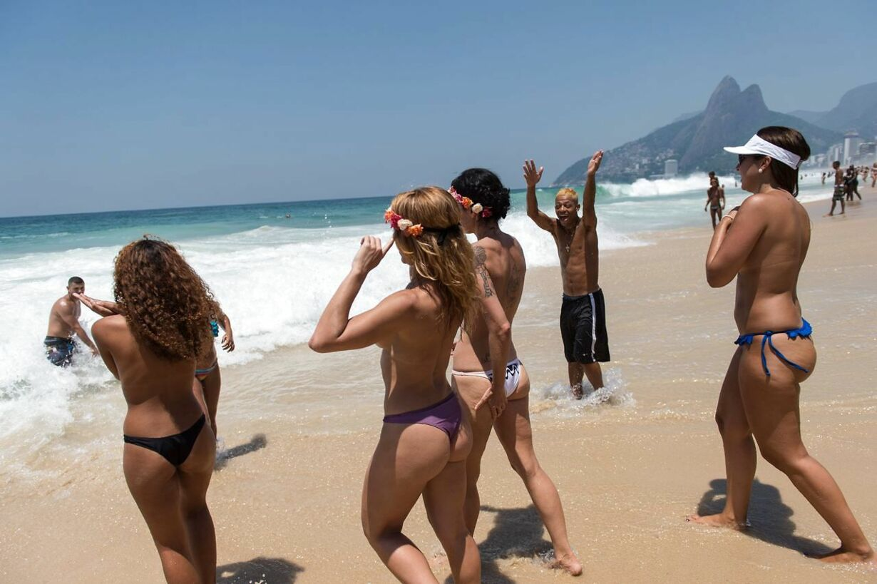 BRAZIL-BEACH-TOPLESS-PROTEST