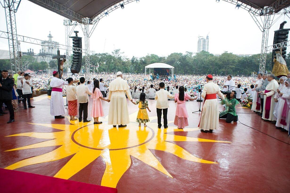 Se billederne: Paven hyldes under 5-dages Asientur
