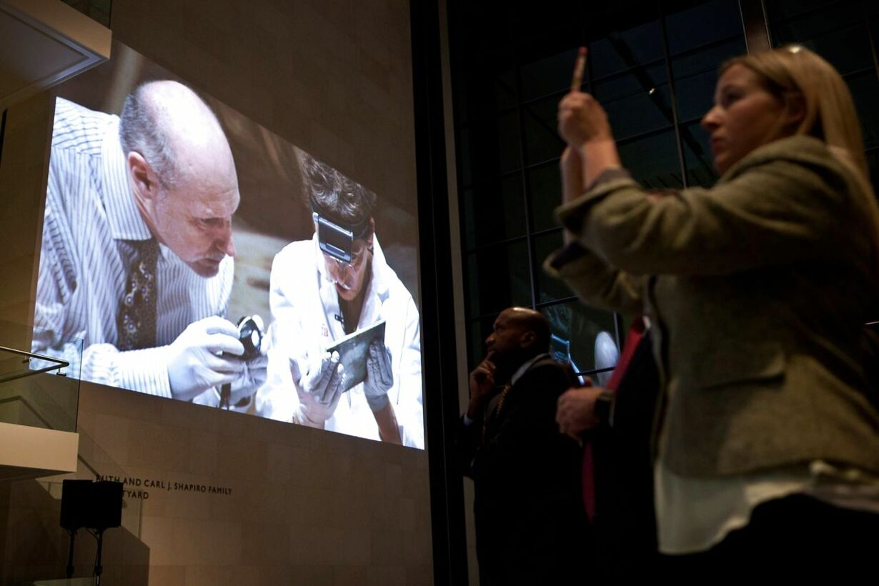 -TIME-CAPSULE-FROM-1795-FOUND-IN-MASSACHUSETTS-STATEHOUSE-UNVEIL