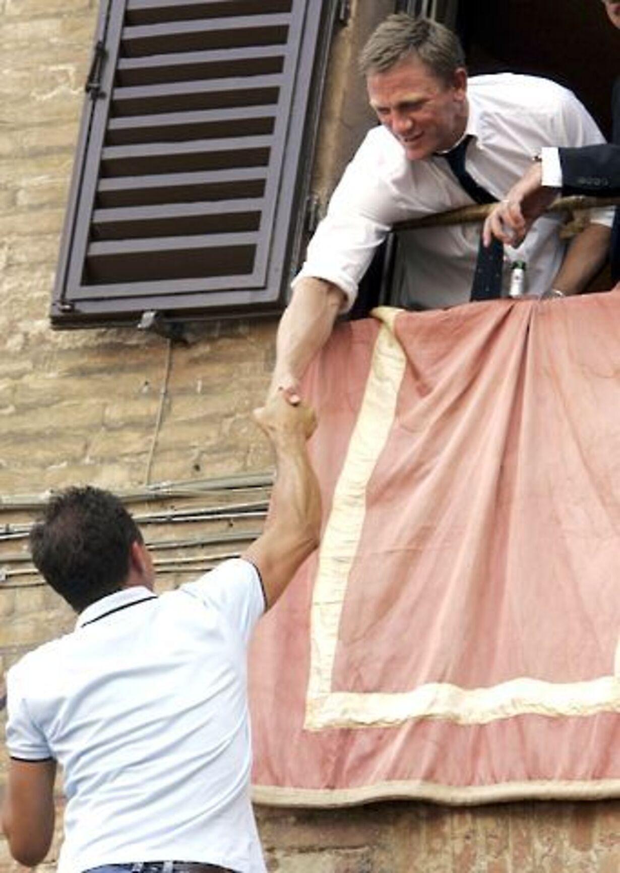 Historisk hestevædeløb på torvet i Siena - 6