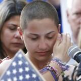 Emma Gonzalez er studerende på Marjory Stoneman Douglas High School, hvor 17 elever for nyligt blev dræbt under et skoleskyderi. Hun er med sine taler blevet et af ansigterne i kampen for en strammere våbenlovgivning.