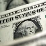 Arkivfoto. Dollar fortsat svækket efter svage amerikanske nøgletal. REUTERS/Dado Ruvic/Illustration/File Photo