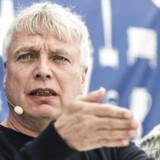 To pinlige sager sætter spørgsmålstegn ved Uffe Elbæks ambition om at skabe en ny og bedre politisk kultur.