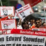 Snowden demostration i Hongkong. EPA/JEROME FAVRE