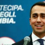 De italienske partier Femstjernebevægelsen og det stærkt højreorienterede Ligaen skriver i et fælles program - som oplæg til at danne regering - at sanktioner mod Rusland skal ophæves staks.