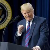 Hvis amerikansk økonomi med præsident Donald Trump ved roret går ned i gear, kan det komme til at koste milliarder for dansk økonomi. Michael Reynolds / EPA Ritzau Scanpix.