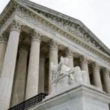 USAs højesteret har pålagt politiet at stille med dommerkendelser, hvis de vil have indsigt i indsamlede, geografiske data om mobiltelefoner. Arkivfoto: Erin Schaff, Reuters/Scanpix