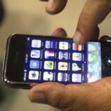 Den nye udgave af Apples ikoniske telefon, iPhone, skal boykottes, fordi arbejdsforholdende på den kinesiske fabrik er kritisable. Foto: Scanpix